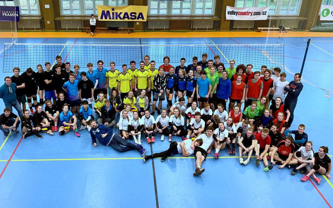 Středoškolská volejbalová liga vyvrcholí SUPERFINÁLEM školního volejbalu